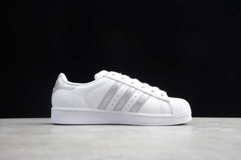 Adidas Original SuperStar Couple Skate Cloud White Silver Shoes EG7277